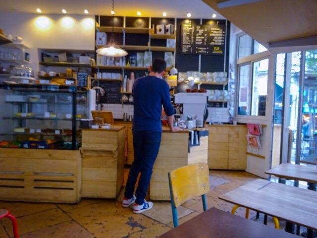 フランス・リヨン【La Boîte à Café】