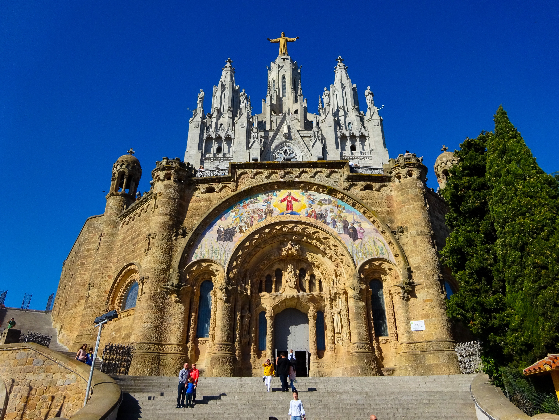 スペイン・バルセロナ【サグラット・コール教会】