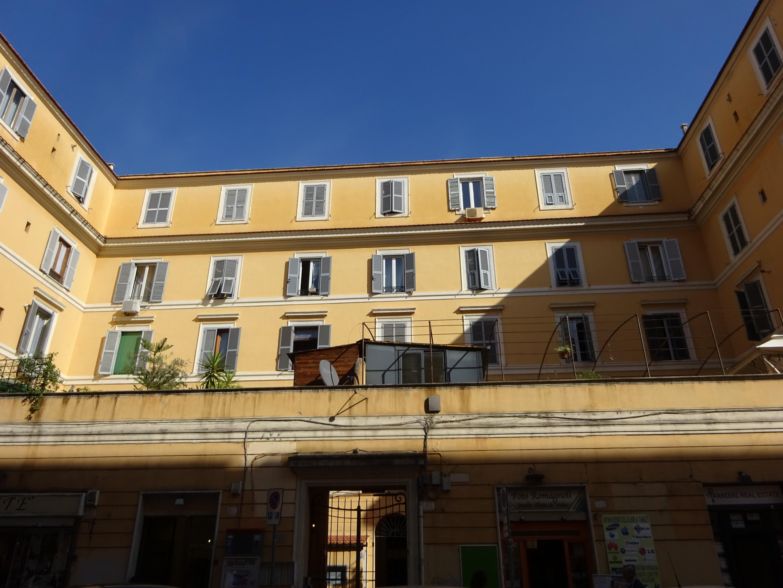イタリア・ローマでプチ移住したアパート|ローマの部屋はどんな感じ?